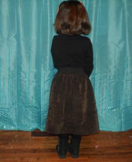 Gwen skirt back