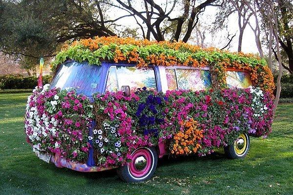 -Hippie-Stuff-hippies-21358612-600-400