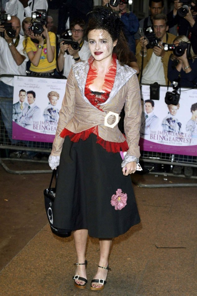 helena-bonham-carter-vogue-42-29may13-rex_b