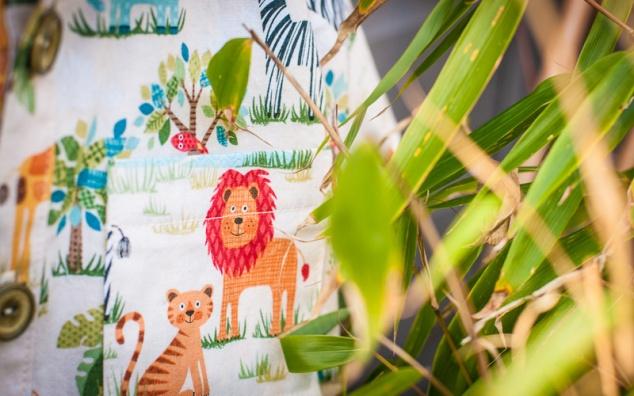 oliver+s_sketchbook_shirt_jungle_janaury_detail