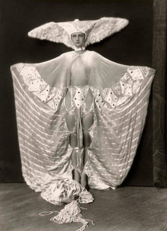 Ziegfeld%20Girls_023